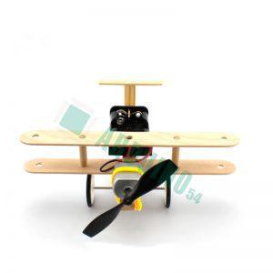 Самолет с деревянным каркасом