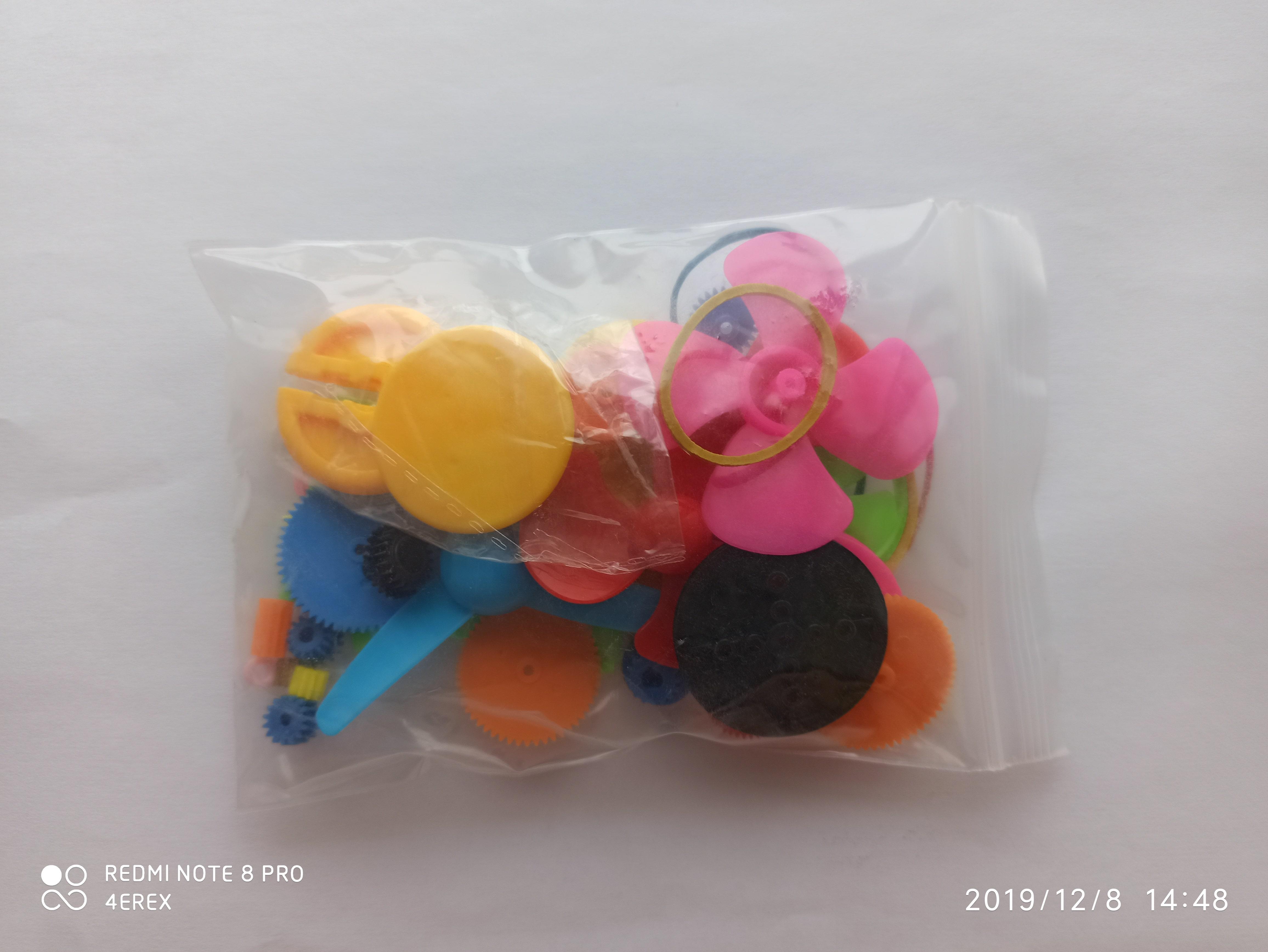 Набор цветных пластиковой деталей для механизмов 54 шт.